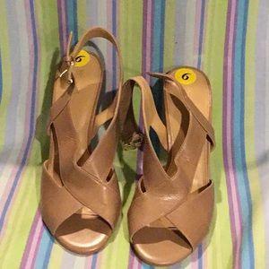 B12) Michael Kors sandals